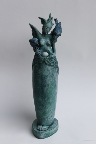 "MASSEY, FIDELMA, ""GODDESS WITH 2 RAVENS"" BRONZE , EDITION 9 37X9X13CM"